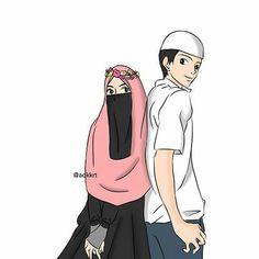 perempuan muslimah bercadar, laki-laki muslim berbaju putih dan berkopiah, perempuan bercadar hitam, berkrudung pink, berbaju hitam