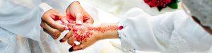 2 tangan laki-laki dan perempuan, cincin, gaun pengantina