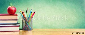 pesi, papan tulis, tempat pesi, buku, apel